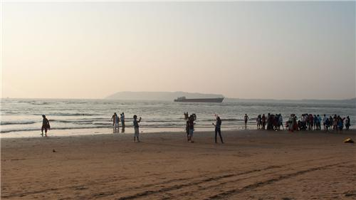 Miramar_Beach