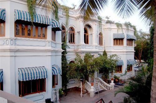 Hotel Aram Jamnagar