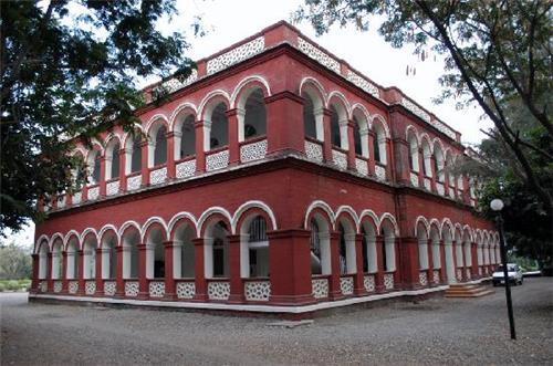 Heritage Hotels in Gondal