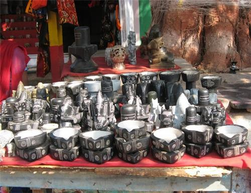 Art and Crafts in Hampi