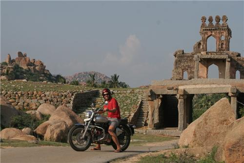 Motorbikes for rent in Hampi
