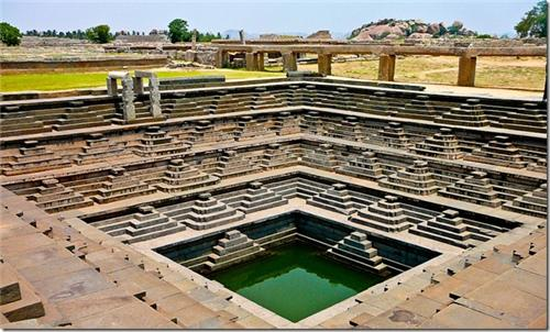 Stepped Tank , Hampi