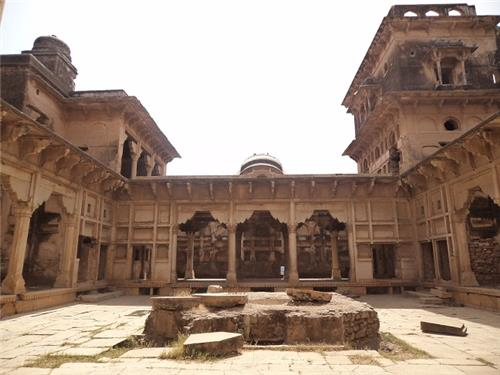 About Mahendragarh