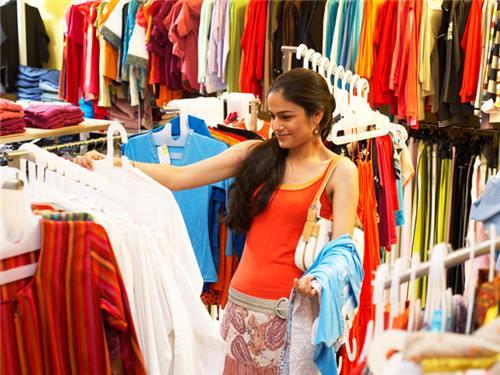 Shopping in Rania