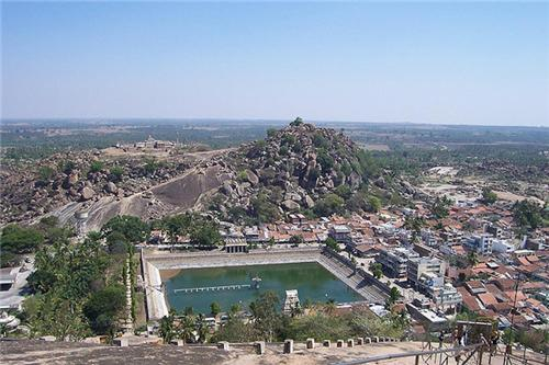 Shravanabelagola: One of the Seven Wonders of India