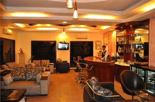 Hotel Grand Raj