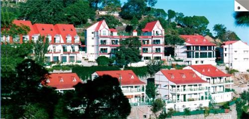 Luxury Hotel Kasauli Resort in Kasauli