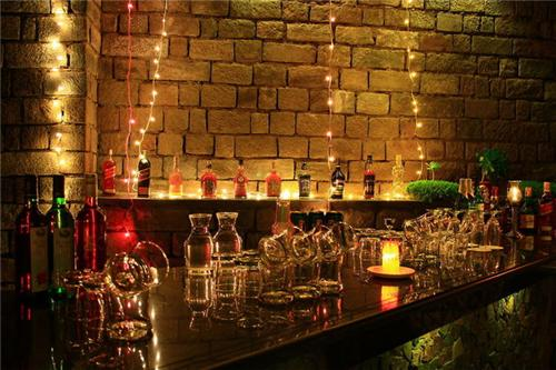 Bar and Restaurant at Kasauli Castle Resort