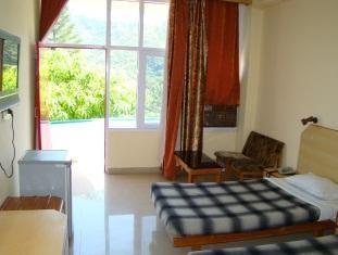 Facilities in the Munish Resorts of Mandi