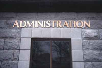 Administration of Mandi