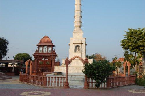 Temples in Hindaun