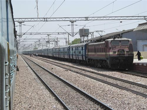Trains from Hindaun