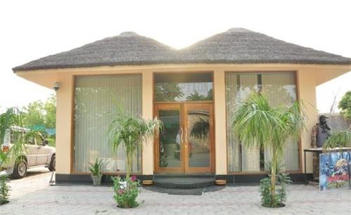 Stay at Kang's Nirvana Resorts and Spa in Hoshiarpur