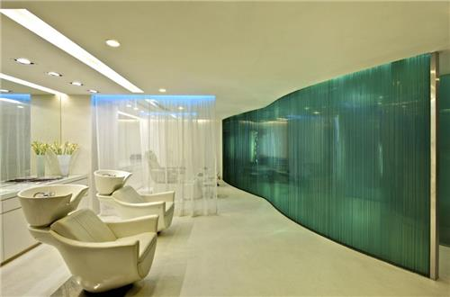 Striking Interior and Decor of Aura Spa in Hyderabad