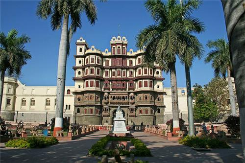Popular destinations in Indore