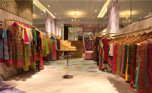 Apparel stores in jabalpur readymade garment shops in for Top ten boutiques