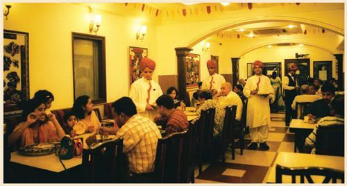 Restaurants in Jabalpur