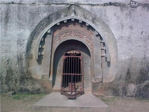 Barabar Caves in Jehanabad