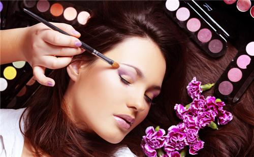 Beauty Parlours in Jalandhar