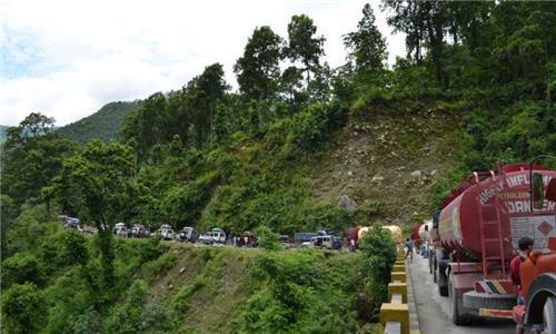 Road Trip from   Jalpaiguri to Gangtok