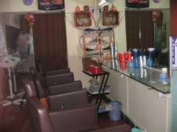 Famous Beauty Parlour Jaunpur