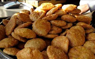http://im.hunt.in/cg/Jodhpur/City-Guide/m1m-kachori.jpg
