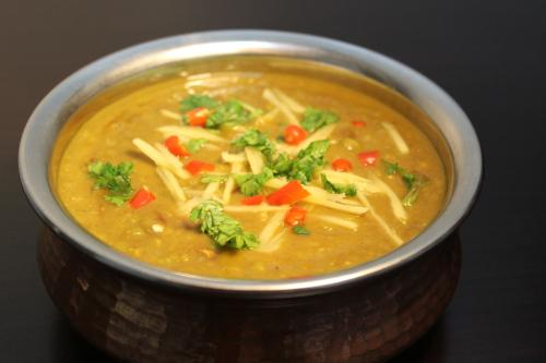 Top famous cuisines of Kanpur