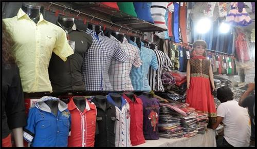 Kanpur Cloth Shops
