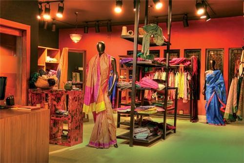 Awesome Designers Boutiques In Hauz Khas Market