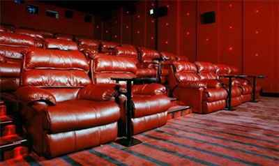 http://im.hunt.in/cg/Kochi/City-Guide/m1m-movie-theatre.jpg