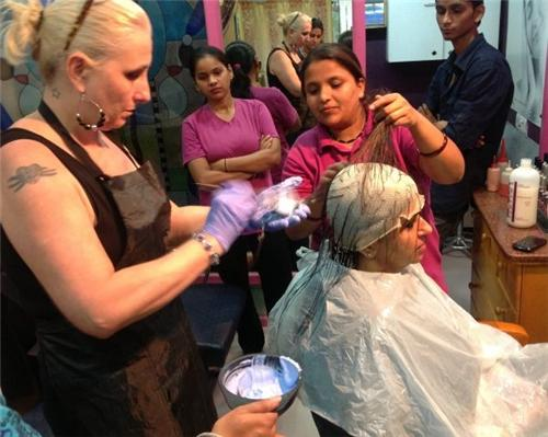 Beauty Parlours in Kohima