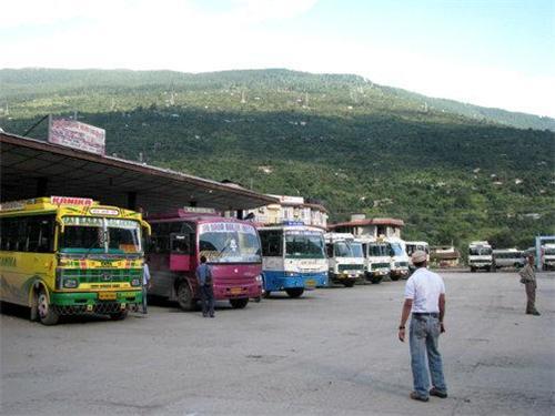 Bus Stand in Kullu