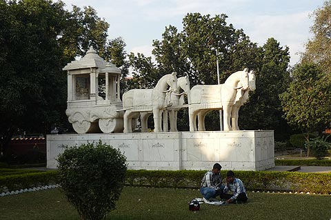 Attractions in Birla Mandir in Kurukshetra