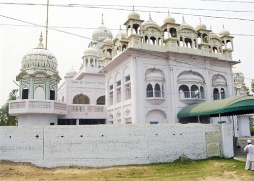 Religious Gurudwaras located in Kurukshetra