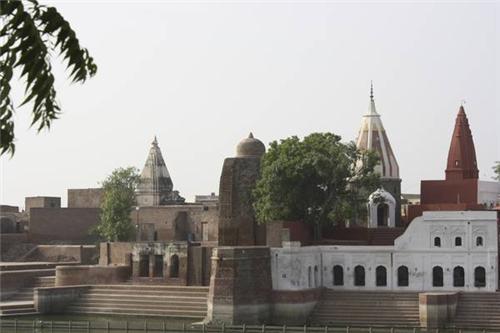 Famous tiraths near Kurukshetra