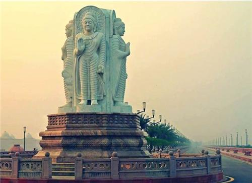 Budha Statue in Lucknow