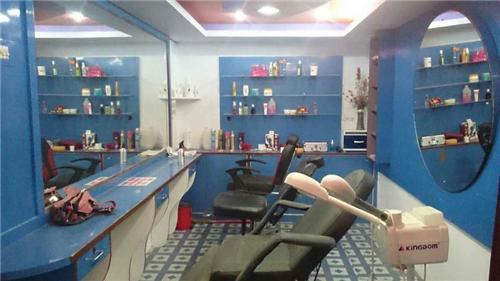 Beauty Parlours in Mehsana