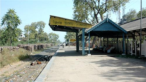 Nearby railway stations from Mehsana Junction