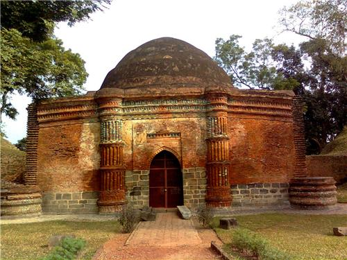 Weekend escapes near Malda