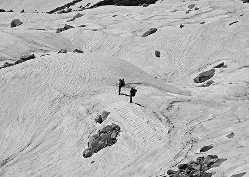 Trekking to Beas Kund