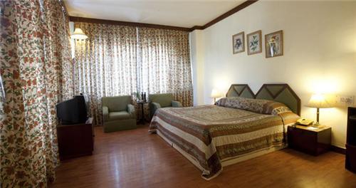 Rooms of Snowcrest Manor in Manali