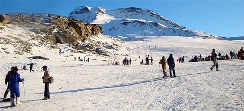 Stunning Activities at Rohtang Pass in Manali