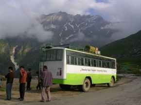 http://im.hunt.in/cg/Manali/City-Guide/m1m-transport-Manali.jpg