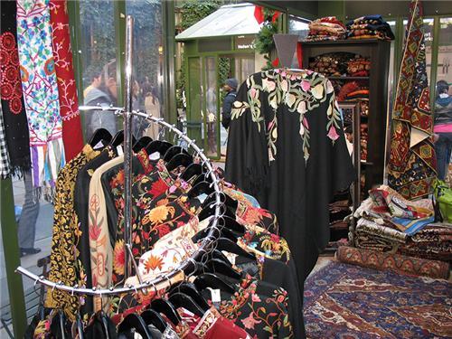 Shopping of Kashmiri Works