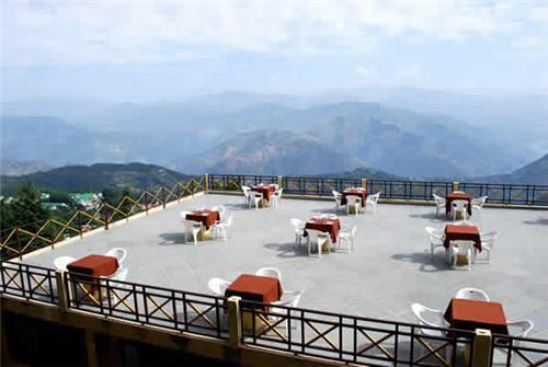 Snow Valley Resort in Manali
