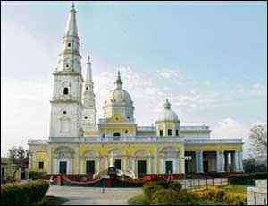 http://im.hunt.in/cg/Meerut/City-Guide/m1m-diocese-meerut.jpg