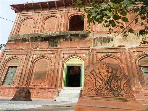 Shahpeer ki Dargah in Meerut Address
