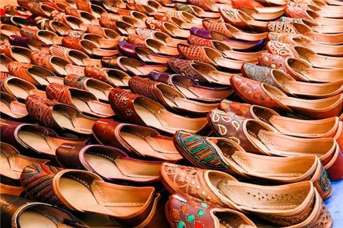 Footwear Stores in Moga