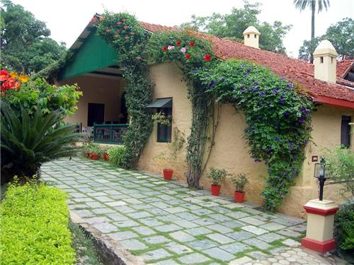 Alluring View of Welcom Heritage Cannaught House in Mount Abu