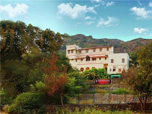 Classic View of Krishna Niwas in Mount Abu